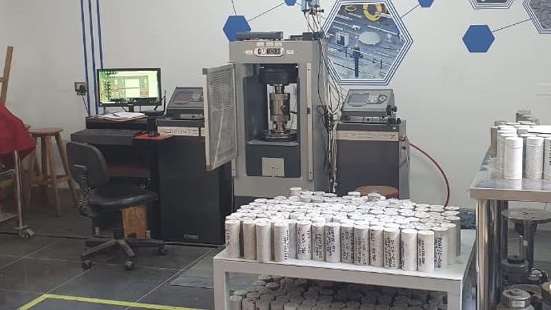laboratorio-mecanica-rocas-concreto-BAMBAS-02